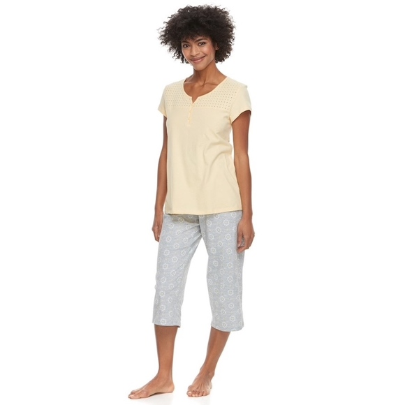 14a221ec9b9 Croft   Barrow® Eyelet Trim Capri Pajama Set